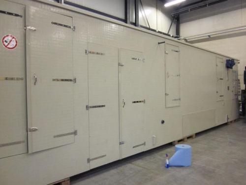 Air cleaning enclosure