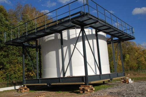 Tank and hopusing for water tower